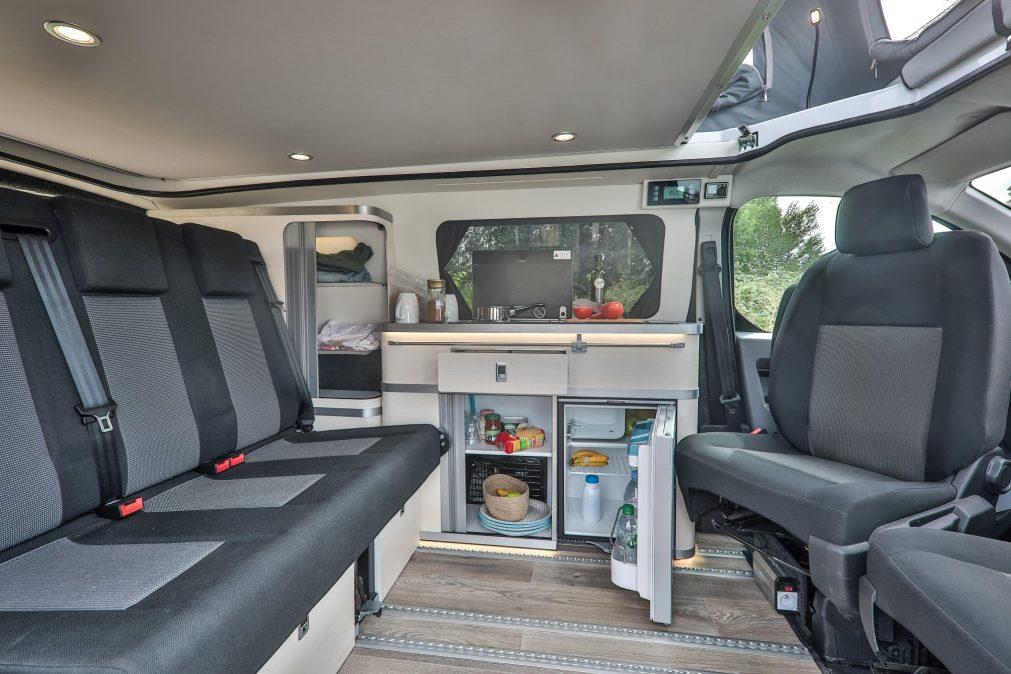 klubber le nouveau fourgon am nag familial ultra modulable actus des marques camping car. Black Bedroom Furniture Sets. Home Design Ideas