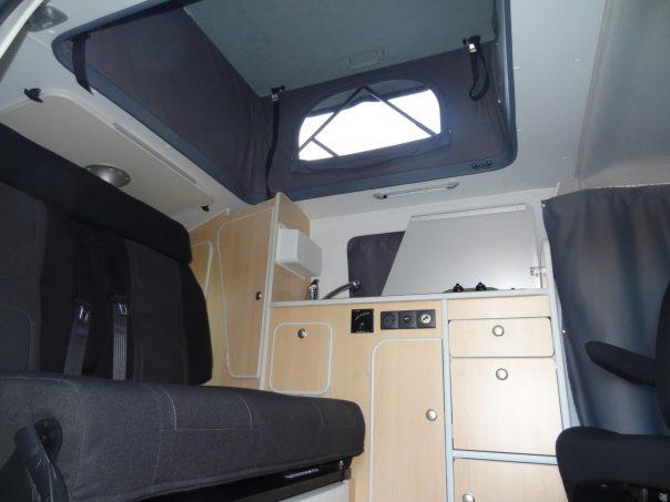 iroise fourgons am nag s sur peugeot expert compact actus des marques camping car magazine. Black Bedroom Furniture Sets. Home Design Ideas