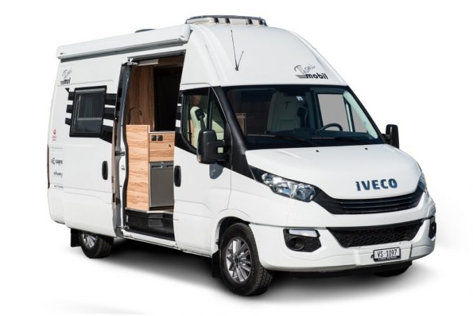 iveco pr sente son premier fourgon am nag sur daily euro 6 au bourget actus des marques. Black Bedroom Furniture Sets. Home Design Ideas
