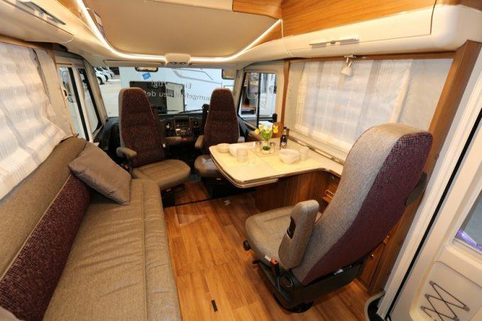 deux int graux hymer qui misent sur les salons actus des marques camping car magazine. Black Bedroom Furniture Sets. Home Design Ideas