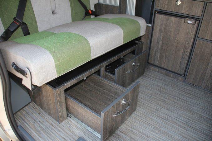 font vend me auto camp tous les essais camping car magazine. Black Bedroom Furniture Sets. Home Design Ideas