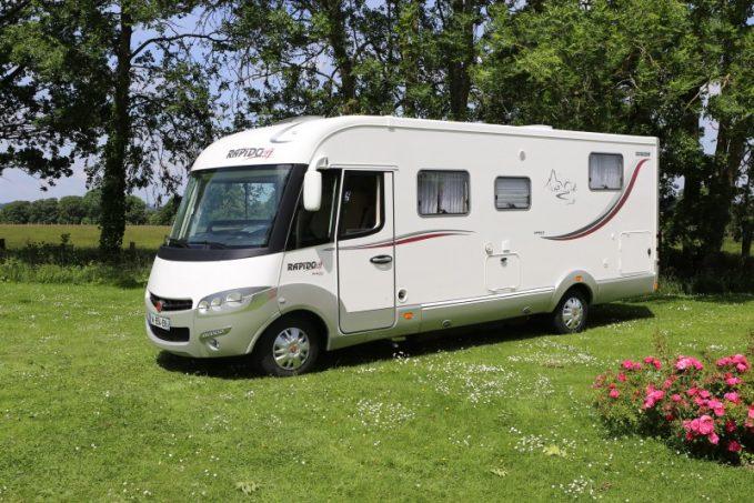 rapido 9060 df mobily le roi de la modularit actus des marques camping car magazine. Black Bedroom Furniture Sets. Home Design Ideas