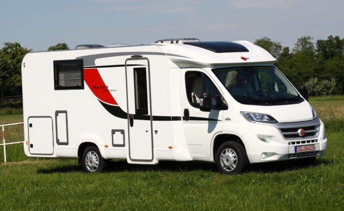 b rstner nexxo time des profil s co actus des marques camping car magazine. Black Bedroom Furniture Sets. Home Design Ideas