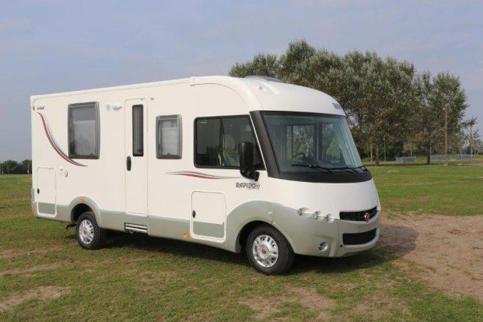 essai camping car int gral rapido 840 f tous les essais camping car magazine. Black Bedroom Furniture Sets. Home Design Ideas