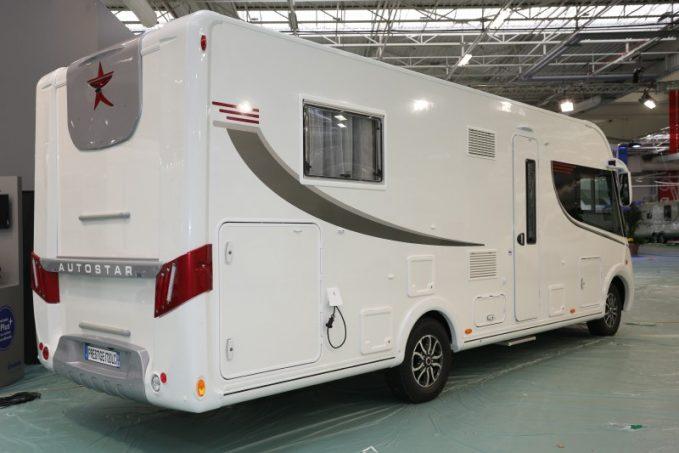 autostar prestige une gamme bien nomm e actus des marques camping car magazine. Black Bedroom Furniture Sets. Home Design Ideas