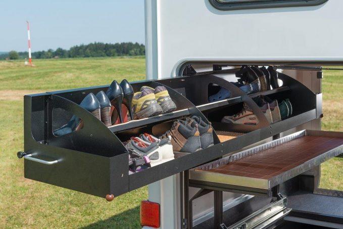 accessoires in dits et pratiques chez hymer quipements et accessoires camping car magazine. Black Bedroom Furniture Sets. Home Design Ideas