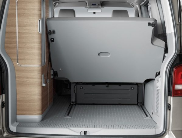 essai camping car fourgon volkswagen california comfortline tous les essais camping car magazine. Black Bedroom Furniture Sets. Home Design Ideas