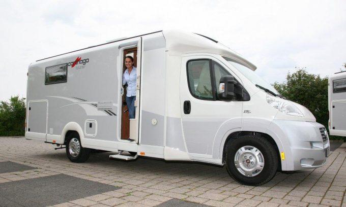essai camping car profil carthago c tourer t 150 tous les essais camping car magazine. Black Bedroom Furniture Sets. Home Design Ideas