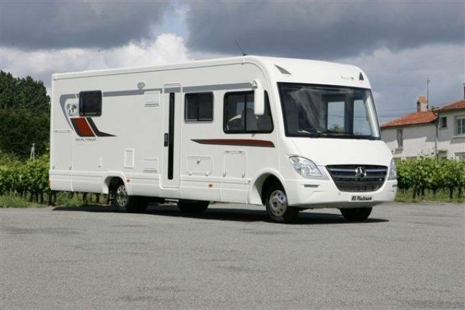 essai camping car int gral levoyageur rx 10 tous les essais camping car magazine. Black Bedroom Furniture Sets. Home Design Ideas