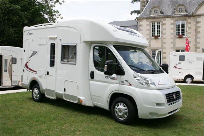 essai camping car profil rapido 700ff tous les essais camping car magazine. Black Bedroom Furniture Sets. Home Design Ideas