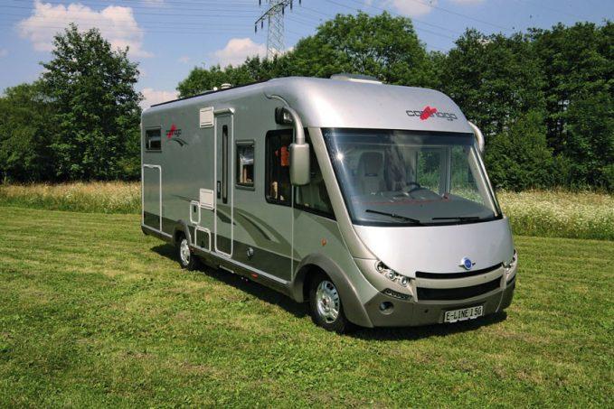 essai camping car int gral carthago e line i 5 0 tous les essais camping car magazine. Black Bedroom Furniture Sets. Home Design Ideas