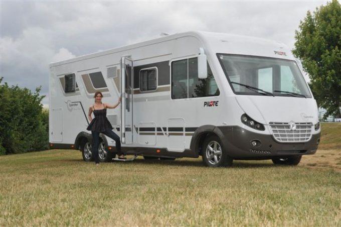 pilote 2012 actus des marques camping car magazine. Black Bedroom Furniture Sets. Home Design Ideas
