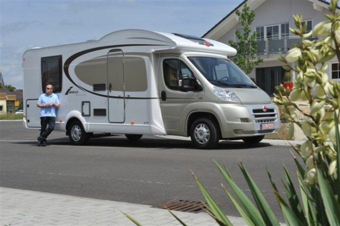 burstner 2012 actus des marques camping car magazine. Black Bedroom Furniture Sets. Home Design Ideas