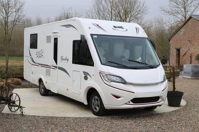 la s rie yearling fait le plein de nouveaux camping cars actus des marques camping car magazine. Black Bedroom Furniture Sets. Home Design Ideas