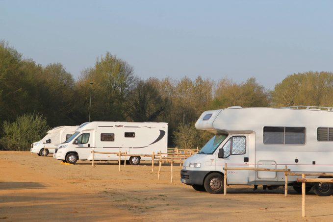 Full branchement camping dans le sud de la Californie pouvez-vous brancher un moteur triphasé à monophasé